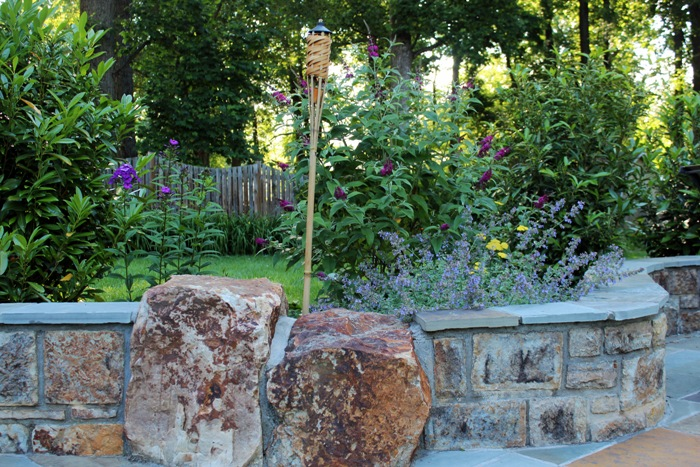 chantilly boulder retaining wall