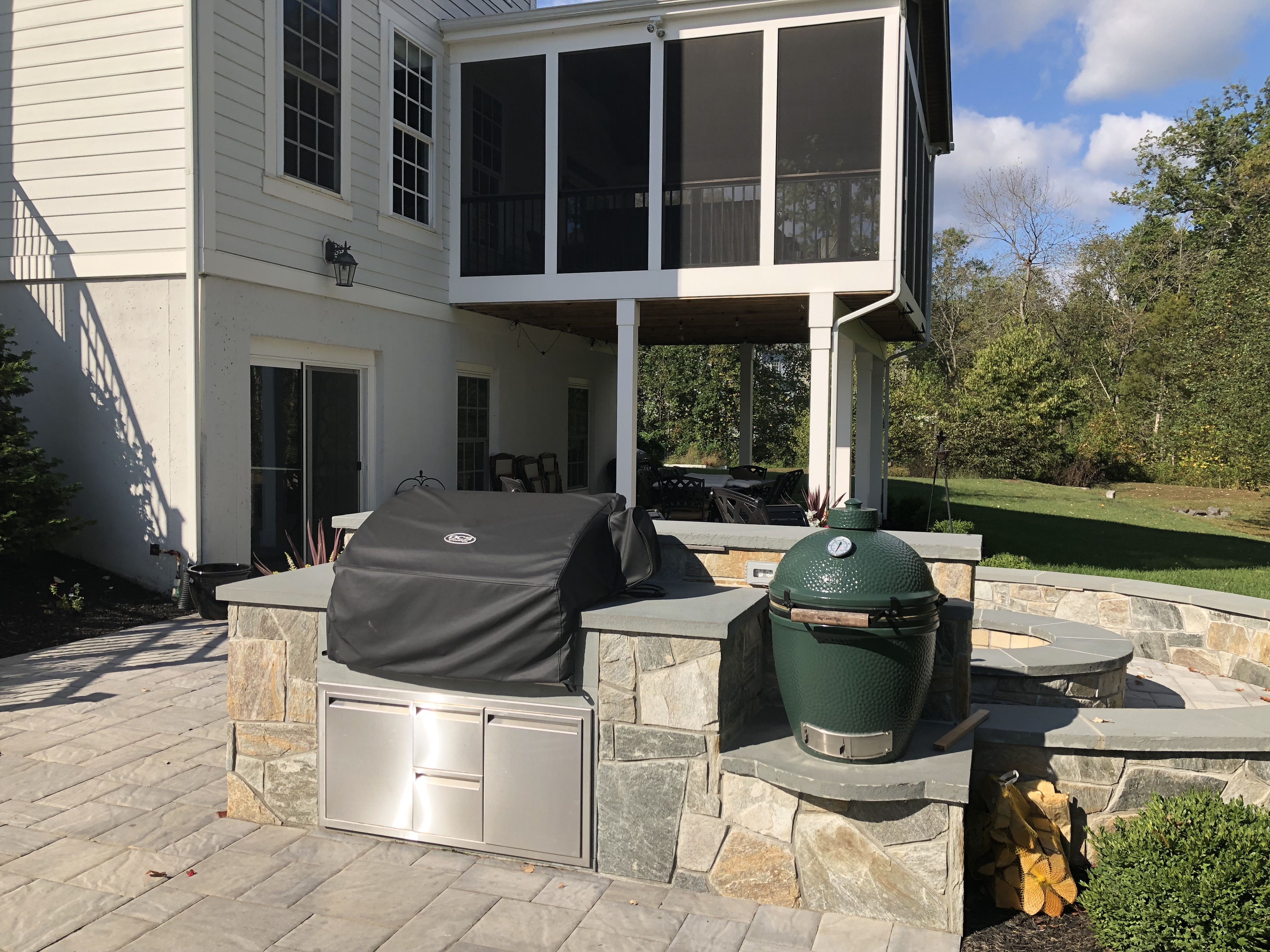 screened in patio and covered terrace